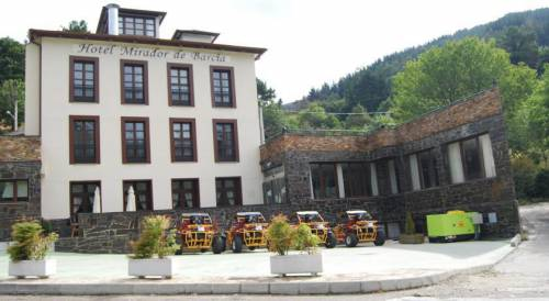 Lugo - Hotel complex located in a natural environment