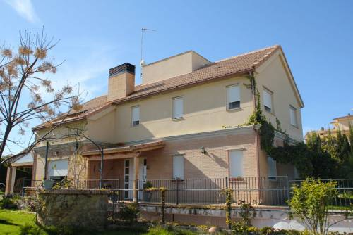 "Caspe - Chalet in the housing estate ""El Dique"""