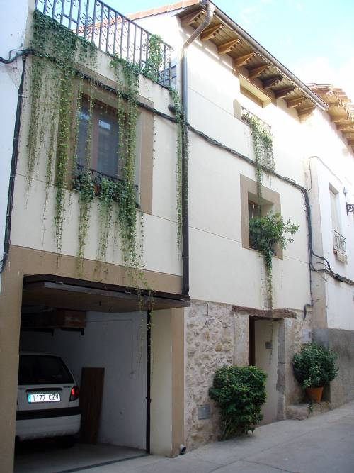 La Codoñera - Fully renovated 4 floor house