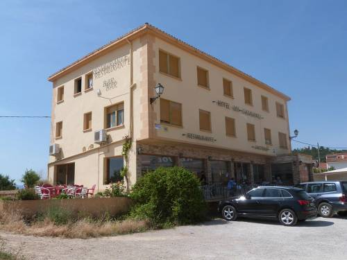 Calaceite - Hotel located at the main road