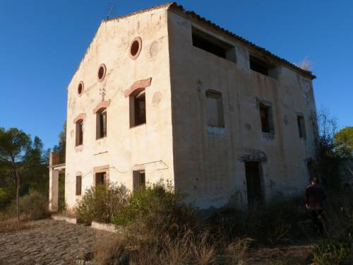 Calaceite - 40 hectares farm with terraces