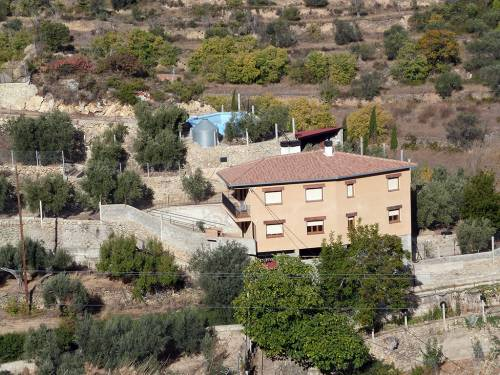 Castellote - Seno - Spectacular property with 5 hectares of fruit trees
