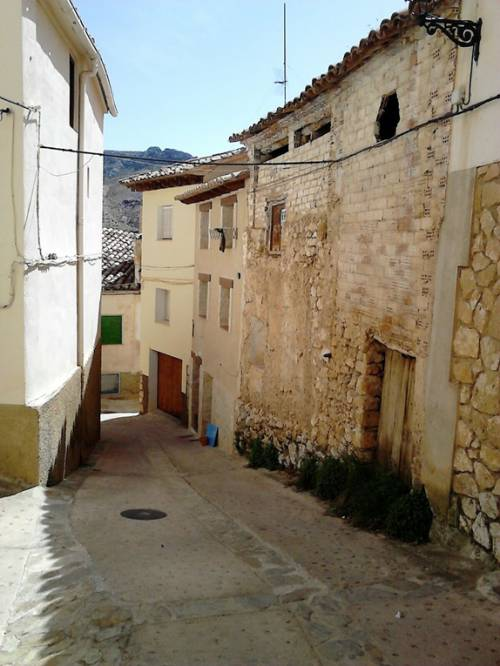 Molinos - House with planning permission for restauration