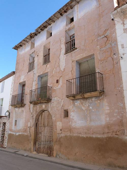 Castelserás - Old town house to rebuild